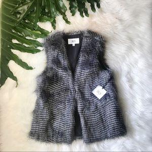 NWT BB Dakota fur vest